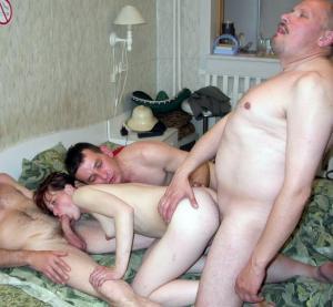 kostenlose Familie Porno Bilder - Kostenlose Sexbilder und heisse Pornobilder - Foto 1998