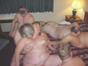 Orgie, gangbang party - Kostenlose Sexbilder und heisse Pornobilder