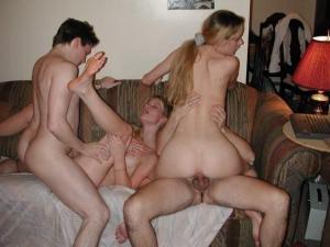 Dreier sex und Orgie - Kostenlose Deutsch Sex Bilder - Bild 2531