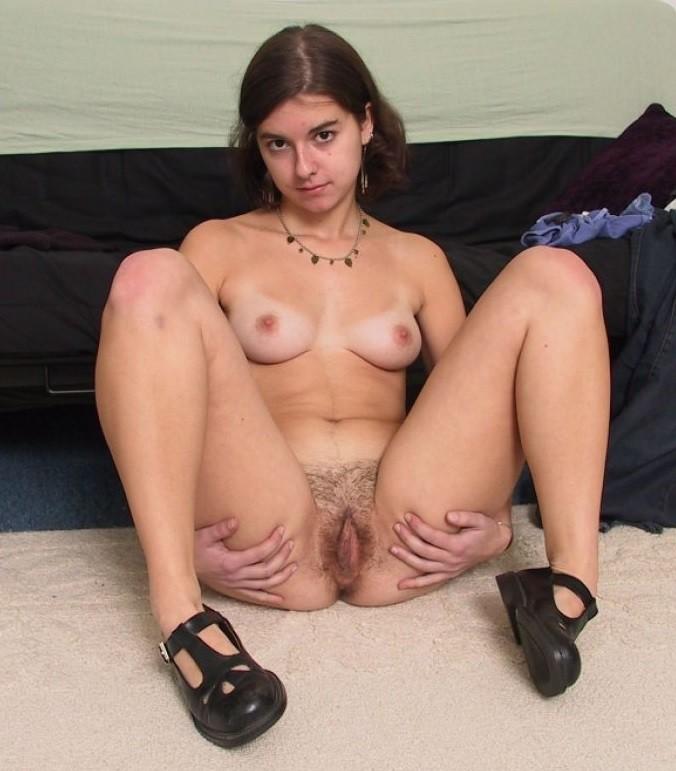 18-19-jähriges Mädchen - Kostenlose Sexbilder und heisse Pornobilder