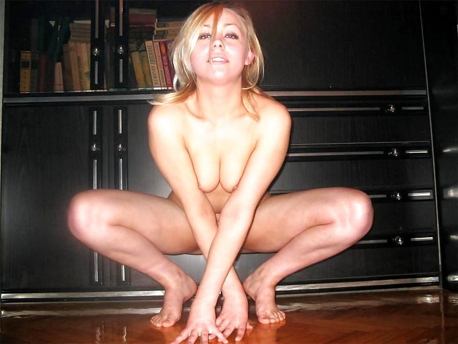 Akt, Erotik Bilder von Mädchen in Deutsch - Kostenlose Sexbilder und heisse Pornobilder - Foto 4239