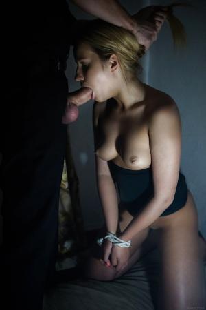 Schwanz Blasen Mädchen - Kostenlose Sexbilder und heisse Pornobilder - Foto 16697