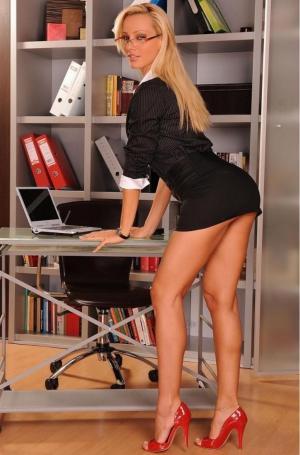 Reife Frauen Porno Bilder - Kostenlose Sexbilder und heisse Pornobilder