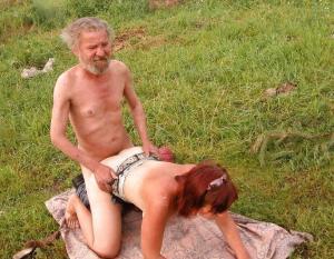 ganze Familie fick - Kostenlose Sexbilder und heisse Pornobilder - Bild 2022