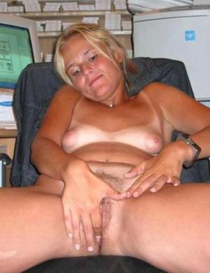 schöne Mädchen Masturbieren - Kostenlose Sexbilder und heisse Pornobilder - Bild 4461