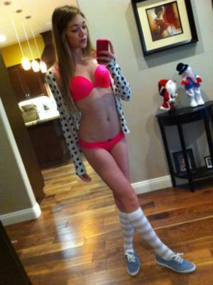 Junge Mädchen Sexbilder - Kostenlose Sexbilder und heisse Pornobilder